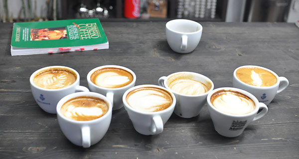 Republic of Coffee - Latte Art Training
