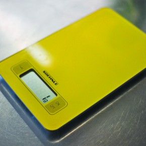 Coffee Gear Review: Soehnle Kitchen Scale